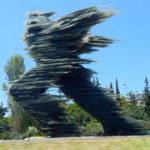 Estátua de vidro em Atenas